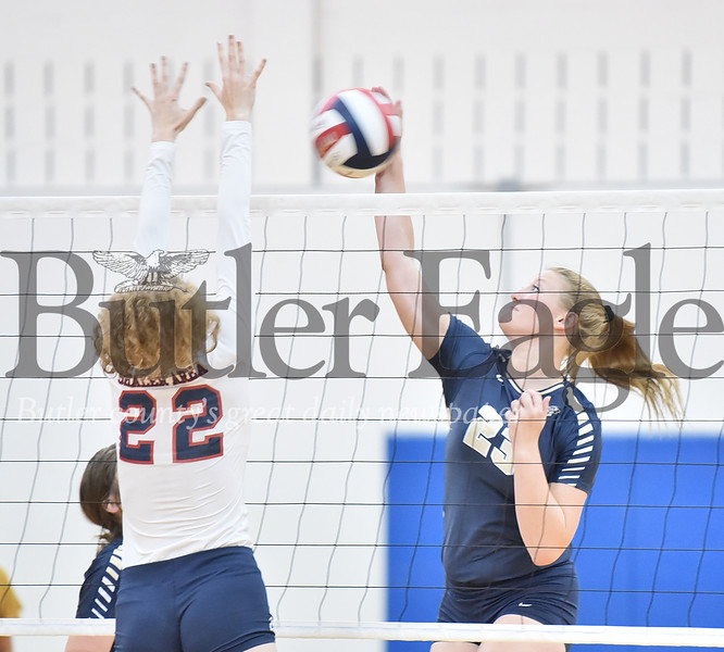 Butler vs Shaler girls volleyball game at Shaler high school