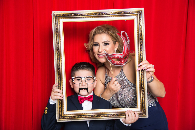 photo booth by Click Happy Productions-91.jpg