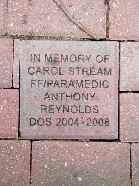 Memorial at Glen Oaks Hospital.jpg
