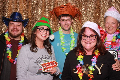 The Pioneer Woman Mercantile Christmas Party 2019 - pics