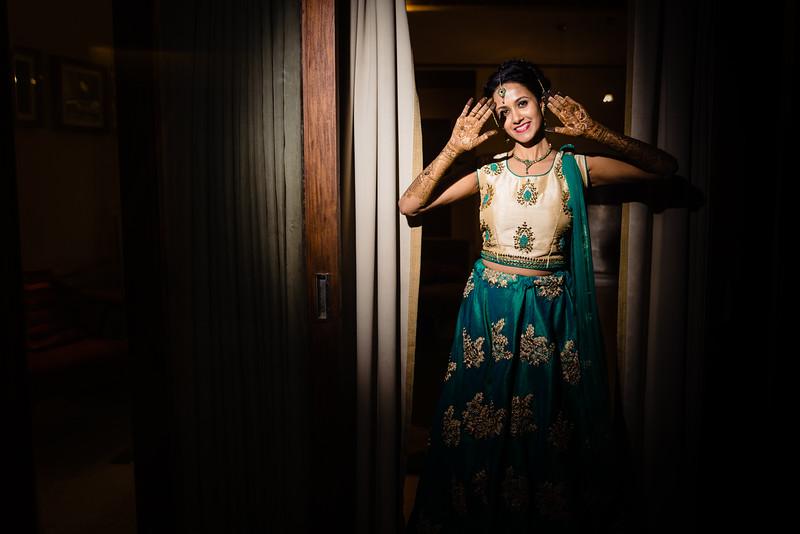 Candid Wedding Photographer Ahmedabad-1-35.jpg