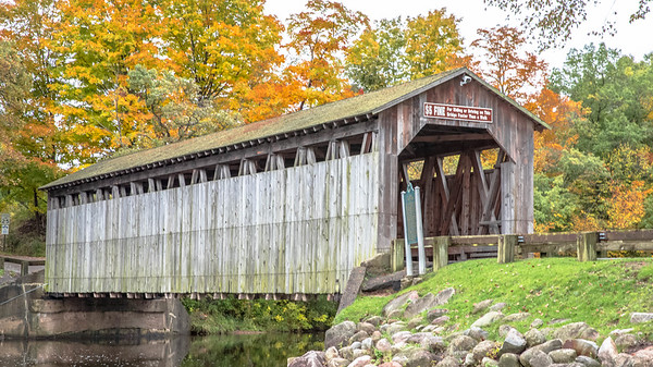 The Flat River - Fallasburg Covered Bridge