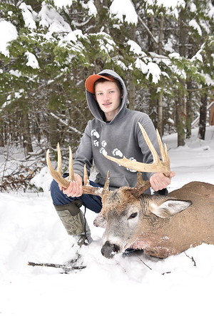 Hunter's 10 Pt. Buck 2018