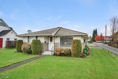 115 7th Ave SW, Puyallup