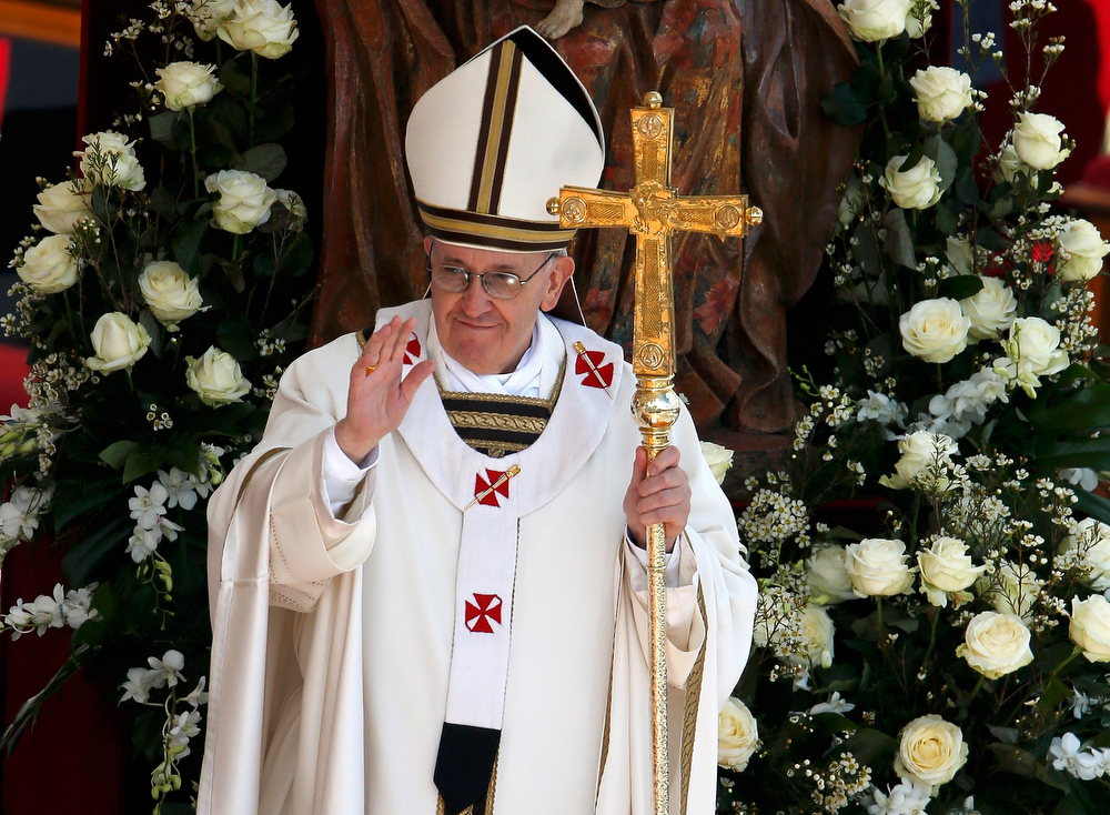 . Pope Francis takes part in his inaugural mass in Saint Peter\'s Square at the Vatican, March 19, 2013. Pope Francis celebrates his inaugural mass on Tuesday among political and religious leaders from around the world and amid a wave of hope for a renewal of the scandal-plagued Roman Catholic Church.                 REUTERS/Paul Hanna
