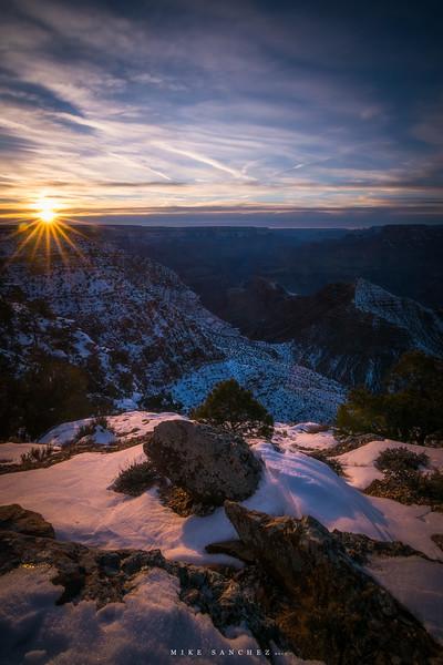 desert view sunburst.JPG