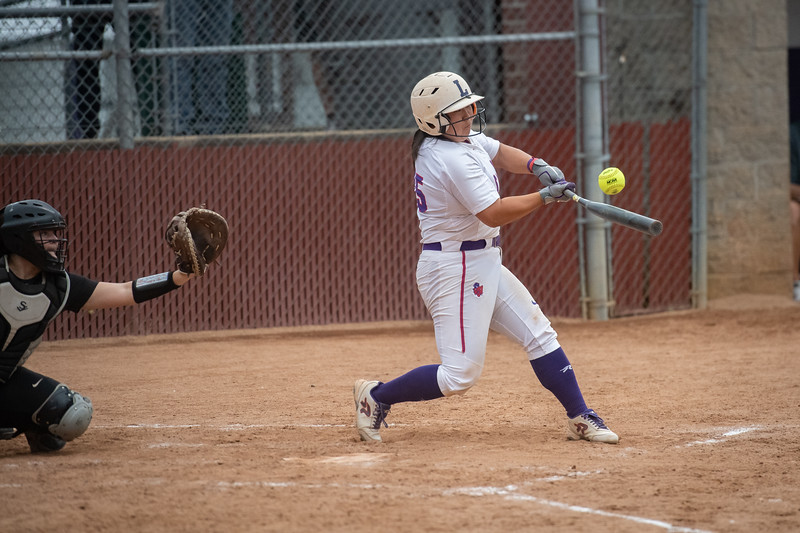 1905_18_softball_super_regional-2668.jpg