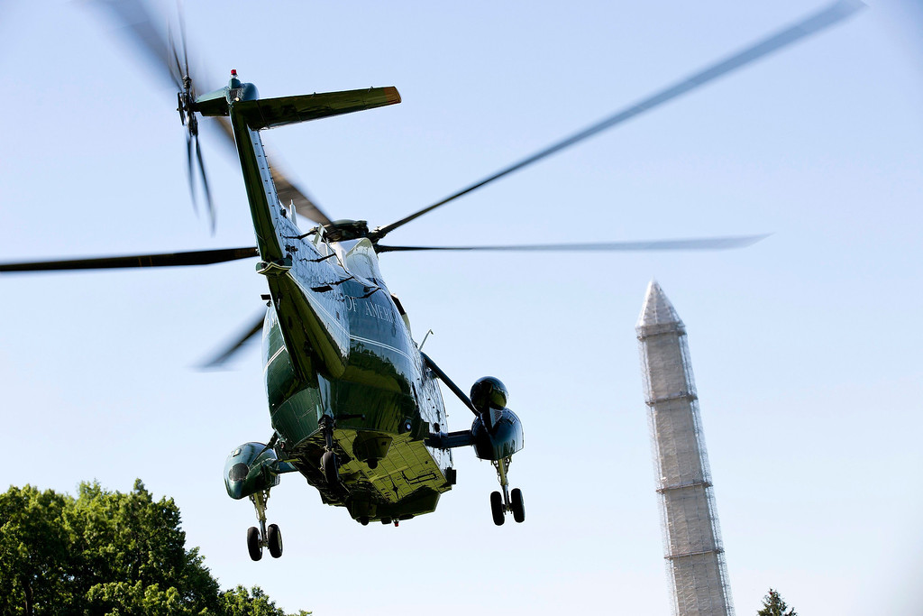 . Marine One, carrying U.S. President Barack Obama, takes off from the South Lawn of the White House in Washington May 26, 2013. Obama was headed to Moore, Oklahoma, on Sunday to tour the town that was hammered last week by a powerful tornado that killed 24 people and injured hundreds. REUTERS/Joshua Roberts