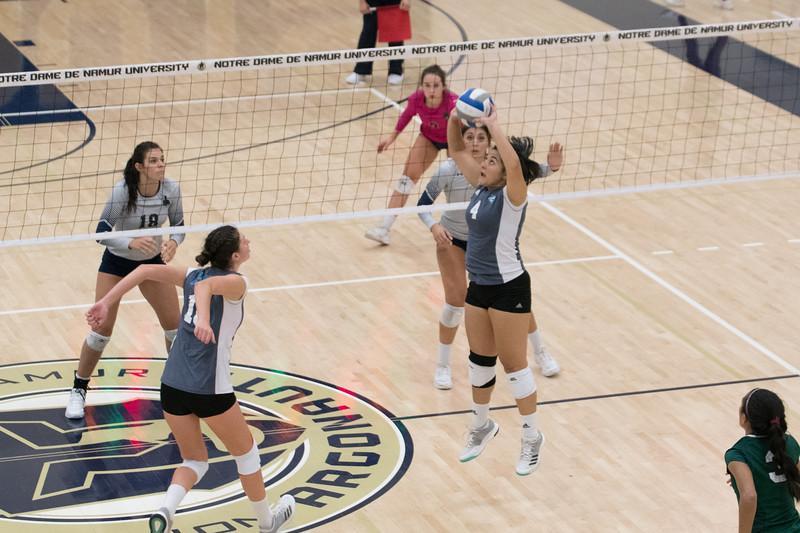 HPU Volleyball-92809.jpg