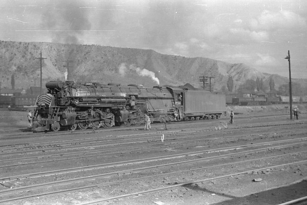 1944 May -- Troop Train East (Rolls 265, 266)