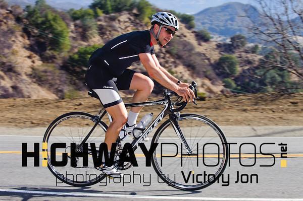 Sat 12/28/13 Autos & Cyclists