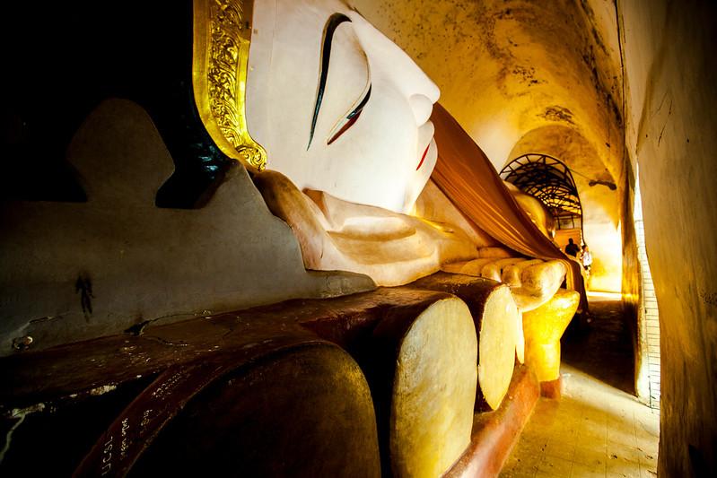 Manuha Temple in Bagan.