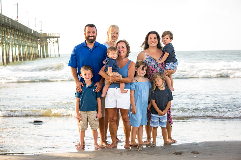 Family beach photos-36.jpg