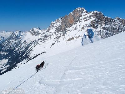 Rauflihorn ski tour, Diemtigtal 2012-02-12