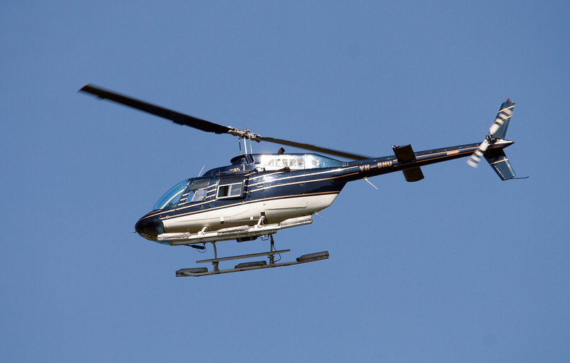 VH-BHU BARRIER REEF HELICOPTERS BELL-206B