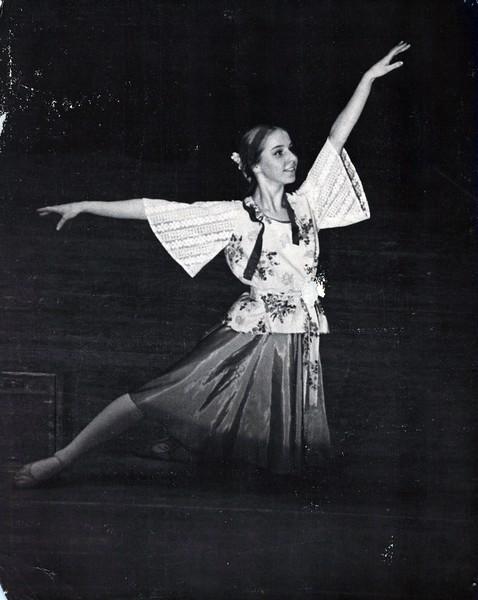 Dance_2132_a.jpg