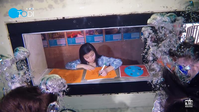 Nickelodeon.00_32_36_49.Still105.jpg