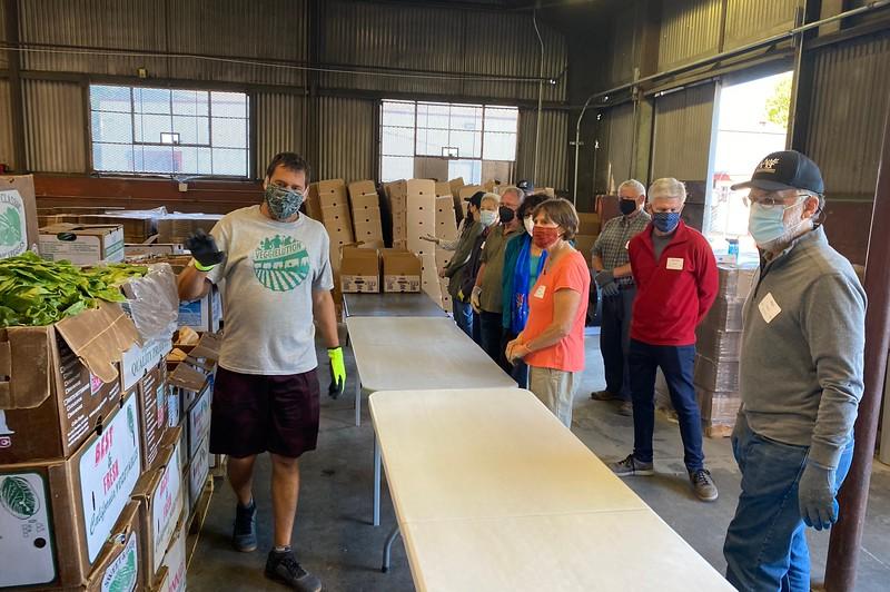 abrahamic-alliance-international-abrahamic-reunion-compassion-farm-box-packing-san-jose-2021-09-13-veggielution-warehouse-22-24-27-eva-lippmann.jpeg