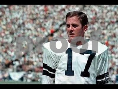 name-the-top-cowboys-quarterback