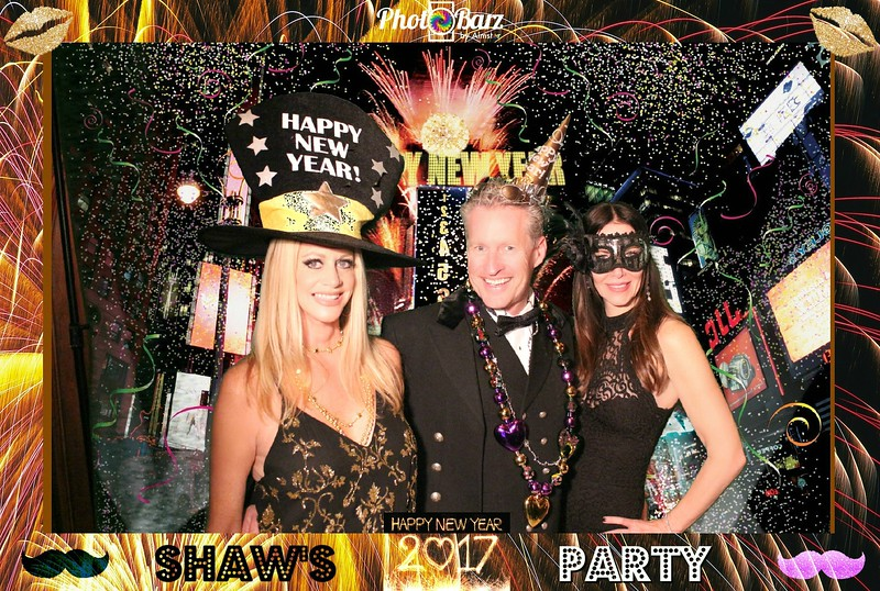 Shaws NYDay Party (71).jpg