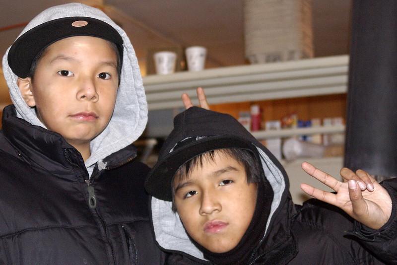 IMGP4974_kids_coffee_shop_webequie_jan1207_resize.jpg