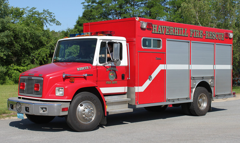 Retired   Rescue 1 1999 Freightliner / Central States