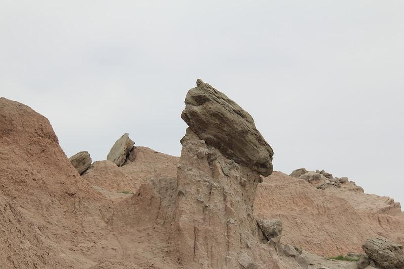 20140523-117-BadlandsNP-SaddlePassTrail.JPG