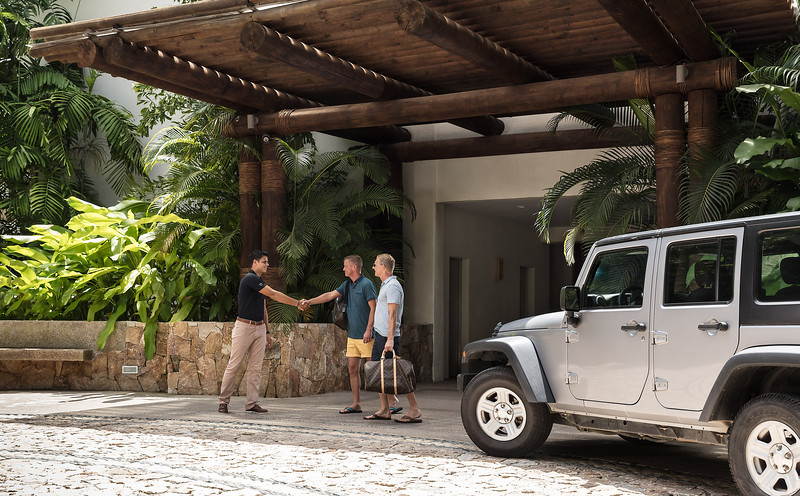 PuntaDeMita-Lifestyle-Los_Verneros-Jeep_Welcome-3094.jpg