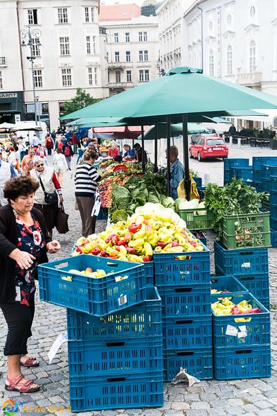 Cabbage-Market-04306.jpg