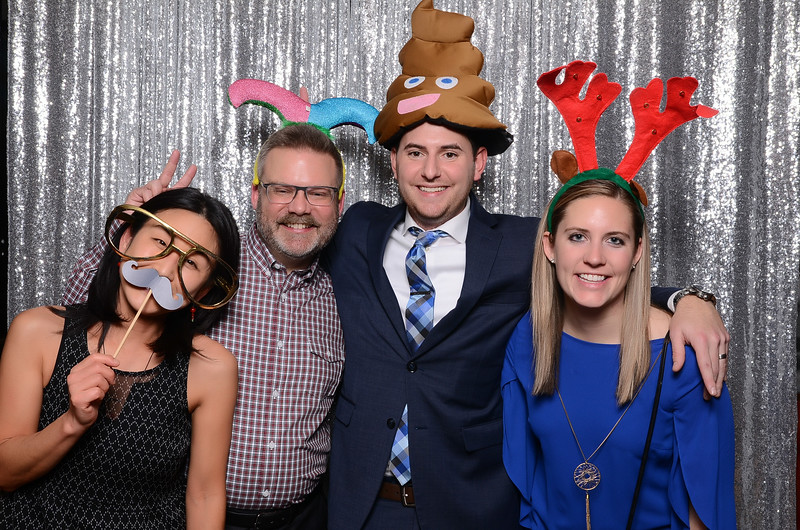 nwg residential holiday party 2017 photography-0149.jpg