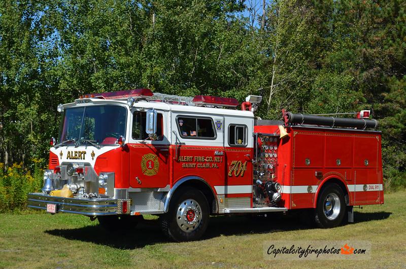 St. Clair (Alert Fire Co.) Engine 701: 1969/1993 Mack CF 1250/650