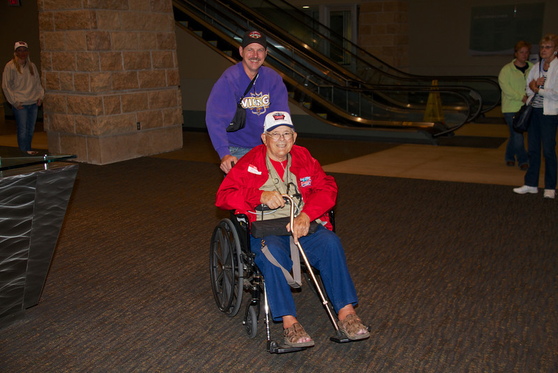 Honor Flight #8 004.jpg