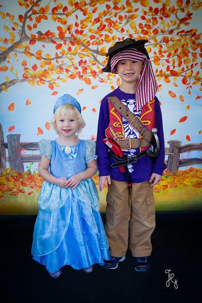 Feranec Halloween Party Kids-15.JPG