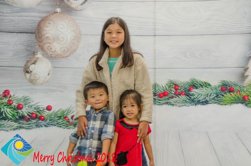 Christmas Photobooth 2018 Sunday-186.jpg