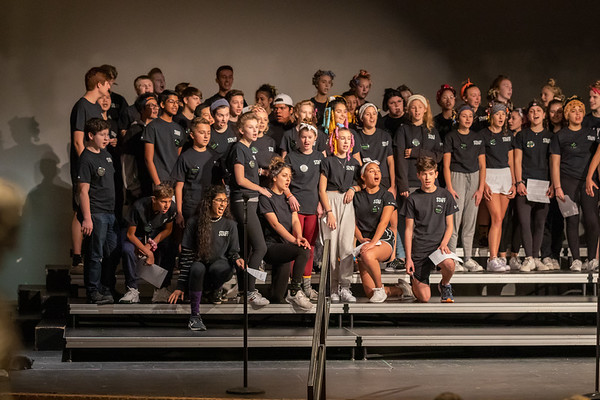 NNHS Show Choir-Howl & Shake (2019-10-13)-Performance (Staff)