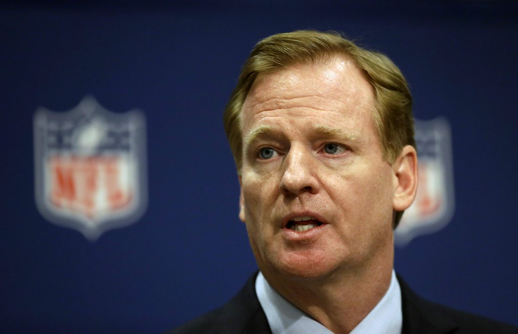 ". 9. ROGER GOODELL <p>Shows leniency to Ray Rice after Ravens star promises to catch his wife the next time he knocks her out. (unranked) </p><p><b><a href=""http://www.nytimes.com/2014/08/02/sports/football/roger-goodell-defends-his-two-game-suspension-of-ray-rice.html?_r=0\"" target=\""_blank\""> LINK </a></b> </p><p>    (AP Photo/David Goldman)</p>"