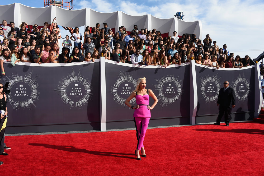 . Recording artist Gwen Stefani attends the 2014 MTV Video Music Awards at The Forum on August 24, 2014 in Inglewood, California.  (Photo by Frazer Harrison/Getty Images)