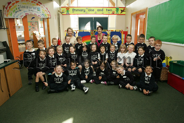 PIctured with Mrs O'Hanlon and Mrs Rafferty are th Primary 1 class from Cloughoge P.S. Newry. 07W37N27
