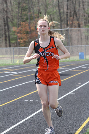 Girl's 3200 Meter Run - 2013 Brethren Invite