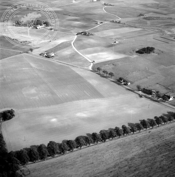 Parkway to Bara Church | EE.1864