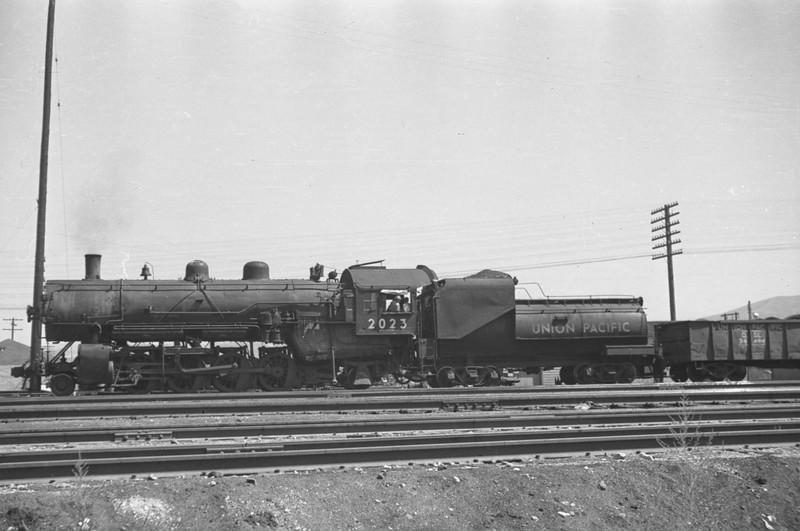 UP_2-8-2_2023-switching_Pocatello_Aug-25-1949_001_Emil-Albrecht-photo-0294-rescan.jpg