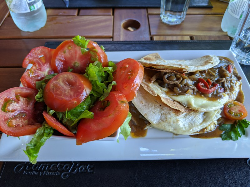 Tacos de carne. And a salad.