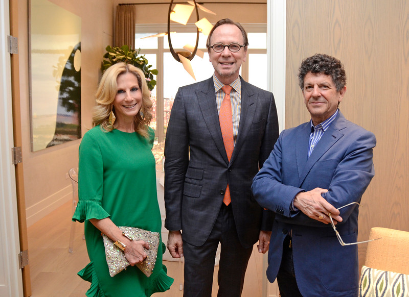 AVENUE MAGAZINE Presents the SALON DINNER & CONVERSATION Featuring New York-Based Architect DAN LOBITZ, Partner at Robert A.M. Stern Architects