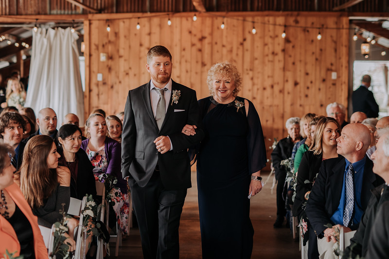 Seattle Wedding Photographer-725.jpg