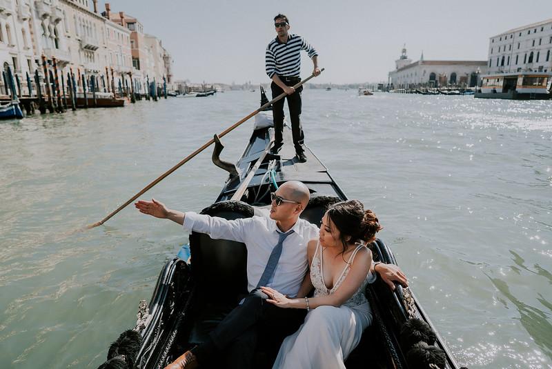 Tu-Nguyen-Destination-Wedding-Photographer-Dolomites-Venice-Elopement-334.jpg