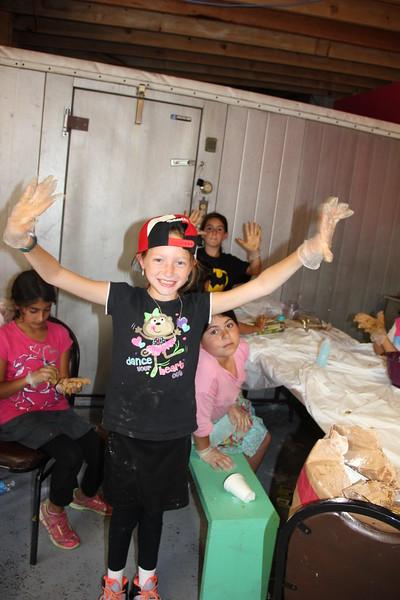 kars4kids_thezone_camp_girlsDivsion_activities_baking (6).JPG