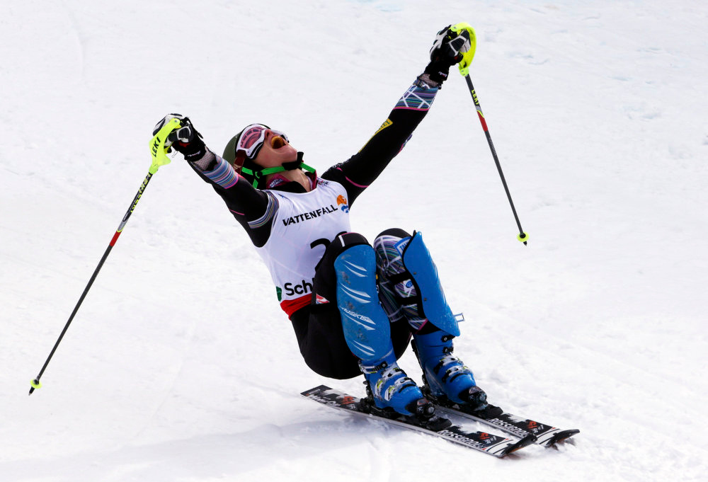 Description of . Resi Stiegler of the U.S. reacts after her second run of the women\'s Slalom race at the World Alpine Skiing Championships in Schladming February 16, 2013.      REUTERS/Ruben Sprich