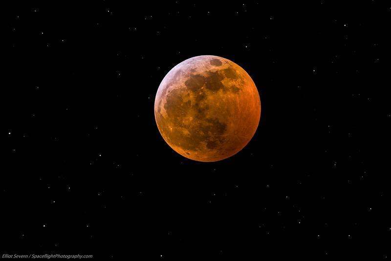Lunar Eclipse 2019 Composite-5.jpg
