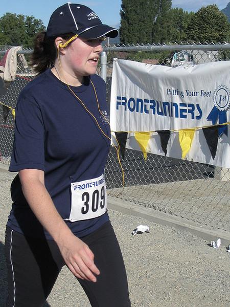 2005 Run Cowichan 10K - img0358.jpg