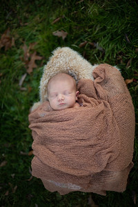 Kyla Cain Baby Fall Foliage Family Portraits Outdoor Nature Natural Happy Candid Mom Dad Husband Wife Love Son Daughter Siblings Pretty Enfield Ct Conn Connecticut Suffield Agawam Ma Mass Massachusetts Westfield Mill Crane Pond Baby Photos Professional Ph